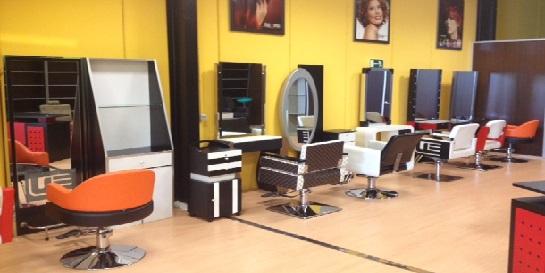 Mobiliario de peluqueria en malaga cheap mobiliario de for Muebles de peluqueria en oferta
